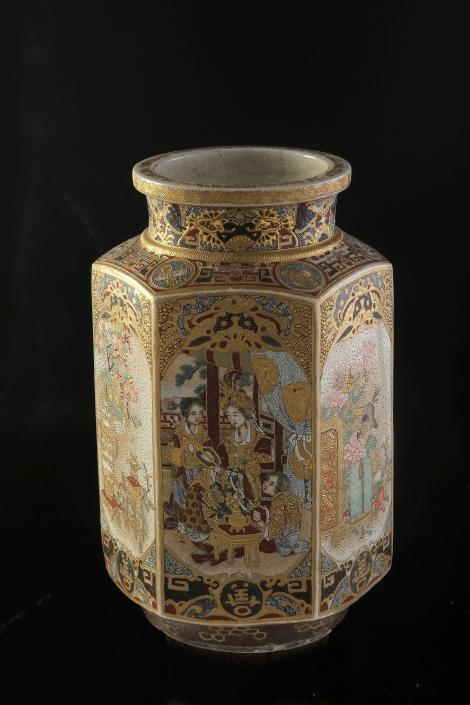 Filigran gearbeitete Satsuma-Vase